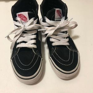 Vans kids shoes with good condition